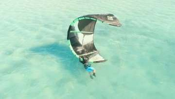 Kitesurfing Self-Rescue